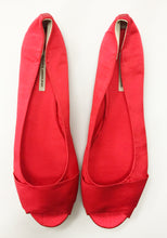 3064 OPEN TOE SILK FLATS, SCARLET