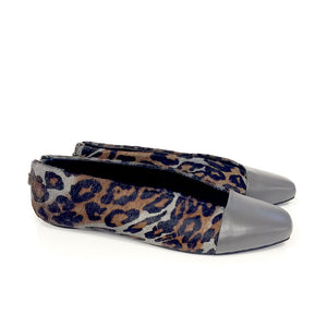 K622 CALF HAIR LEATHER FLATS, GREY/BROWN LEO
