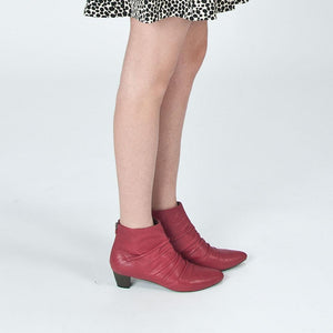K623 LEATHER ANKLE BOOTS, RASPBERRY
