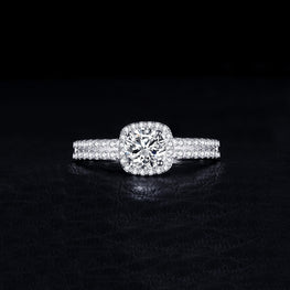 Special & Luxurious Zircon Ring