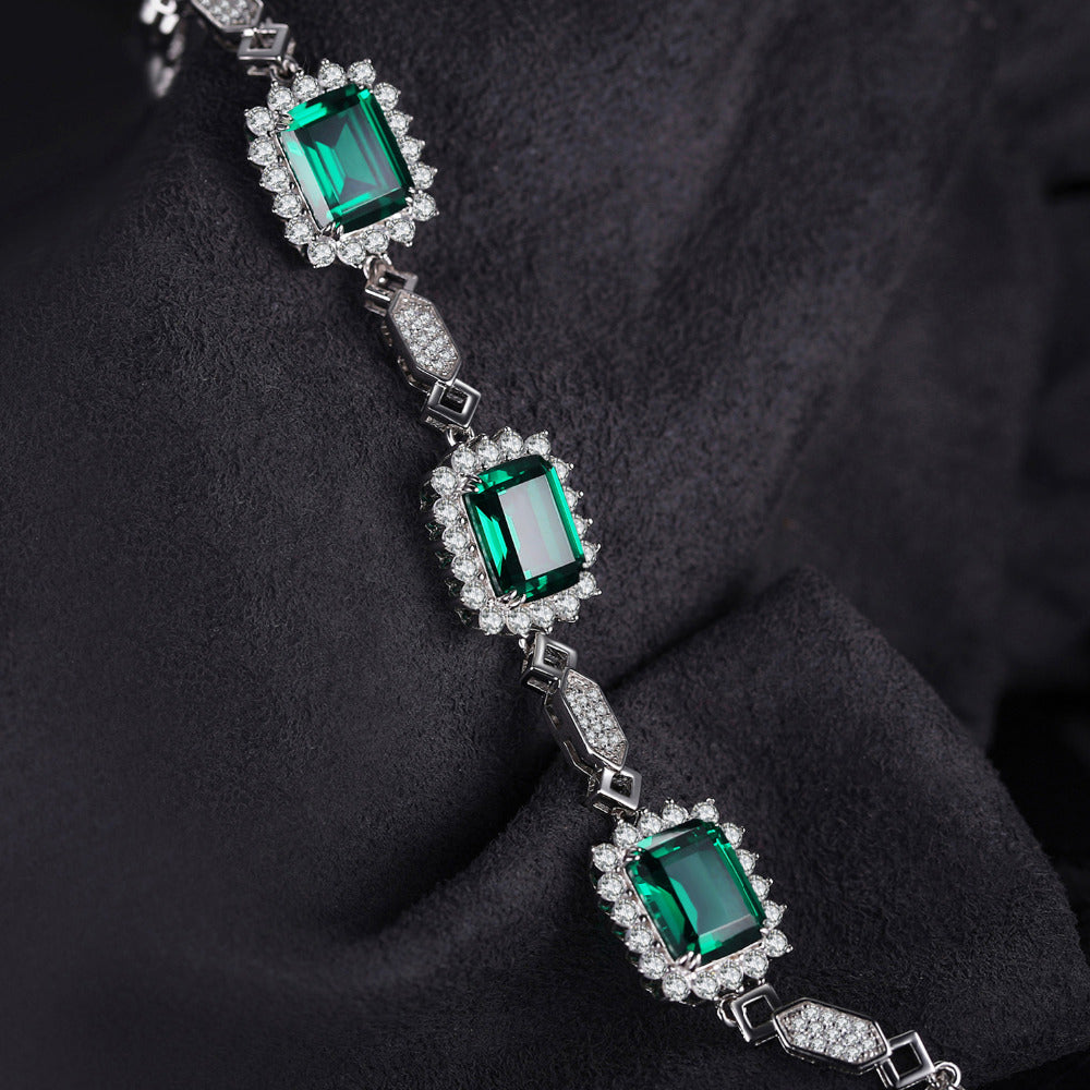 Sleek Designed Emerald Link Bracelet