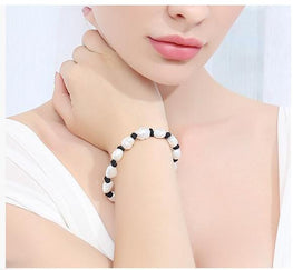 Stylish White Pearl Leather Bracelet