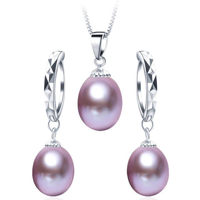 Fashionable Natural Pearls Jewelry Set