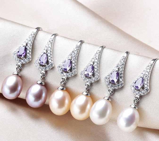 Fast Selling Crystal Pearl Earrings