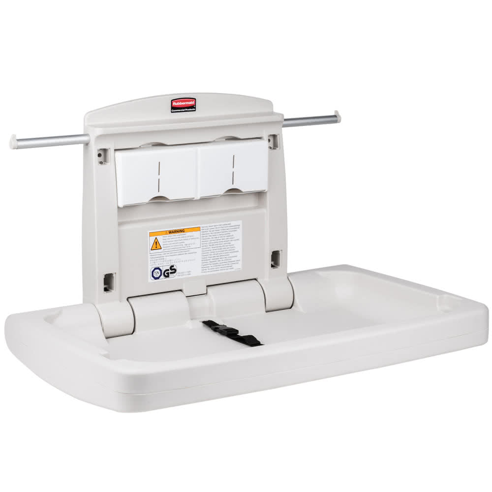Rubbermaid Change Table