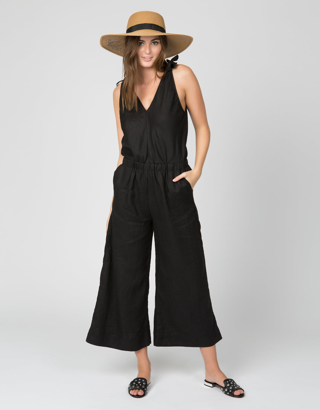 Linen Crop Jumpsuit | Black - 4our Dreamers