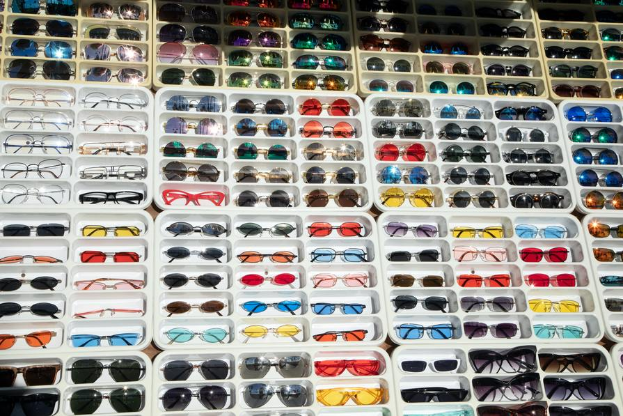 The Pros And Cons Of Shopping Online For Glasses & Sunglasses