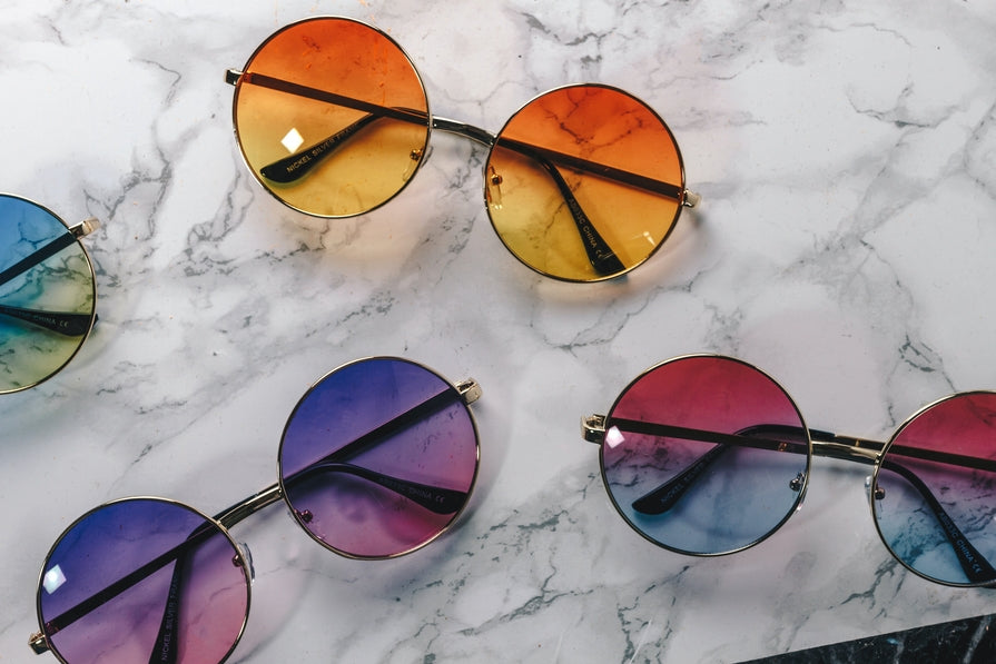 How to Choose Your Sunglass Frame Color