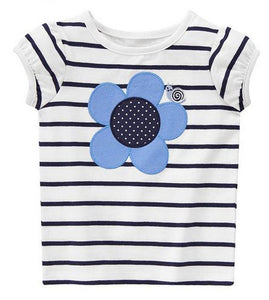 T-shirt: Blue flower