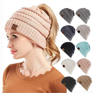 LA BOUTIQUE CHOU Beige Bonnet queue de cheval