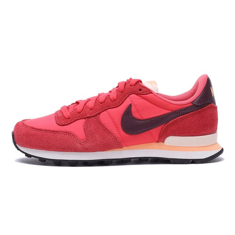 quality design 3cf58 3c1a4 NIKE INTERNATIONALIST Women s Sneakers