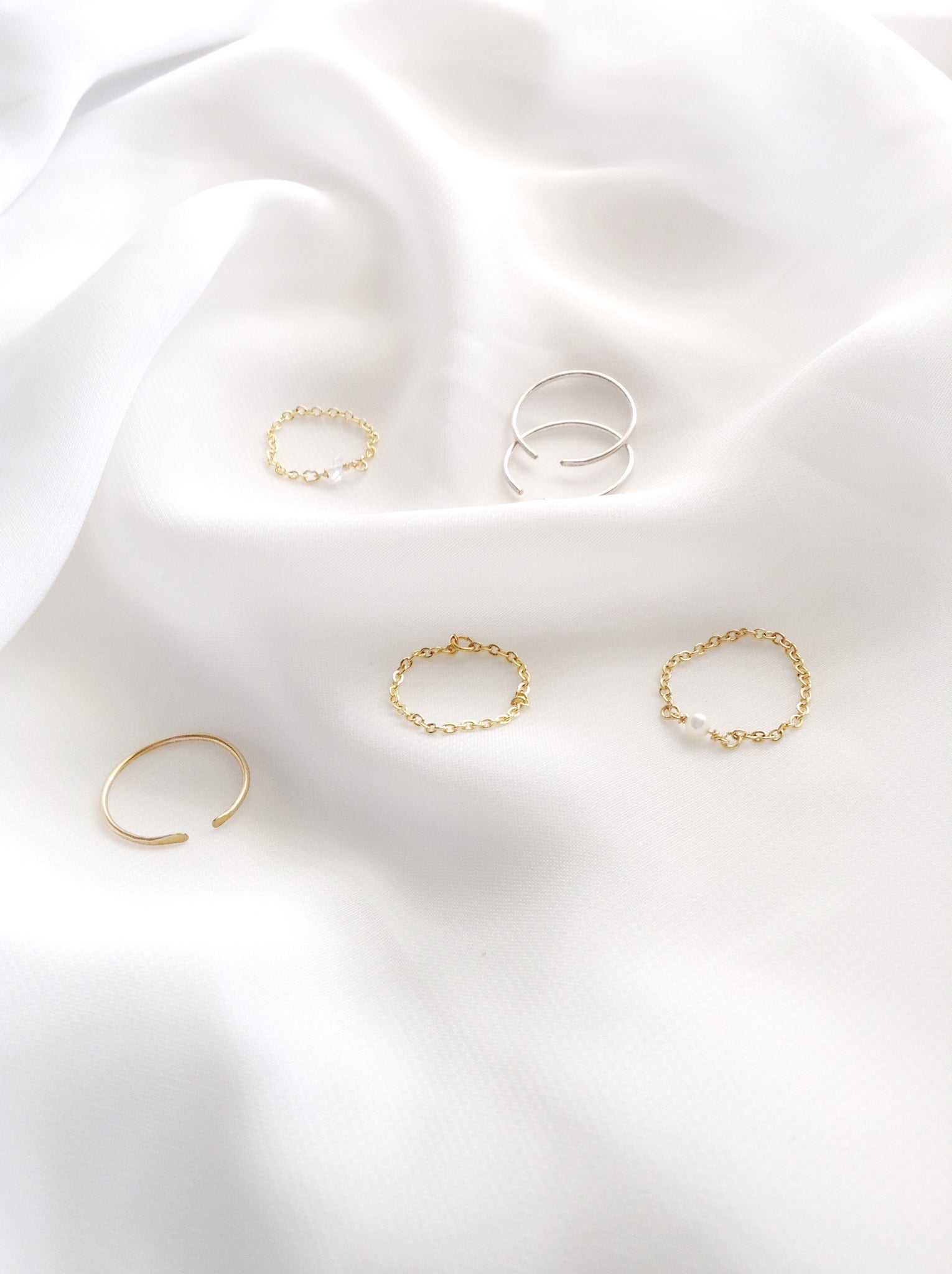 Thin Delicate Rings