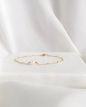 Delicate Pearl Bracelet In Gold Filled or Sterling Silver | Delicate Chain Bracelet | IB Jewelry