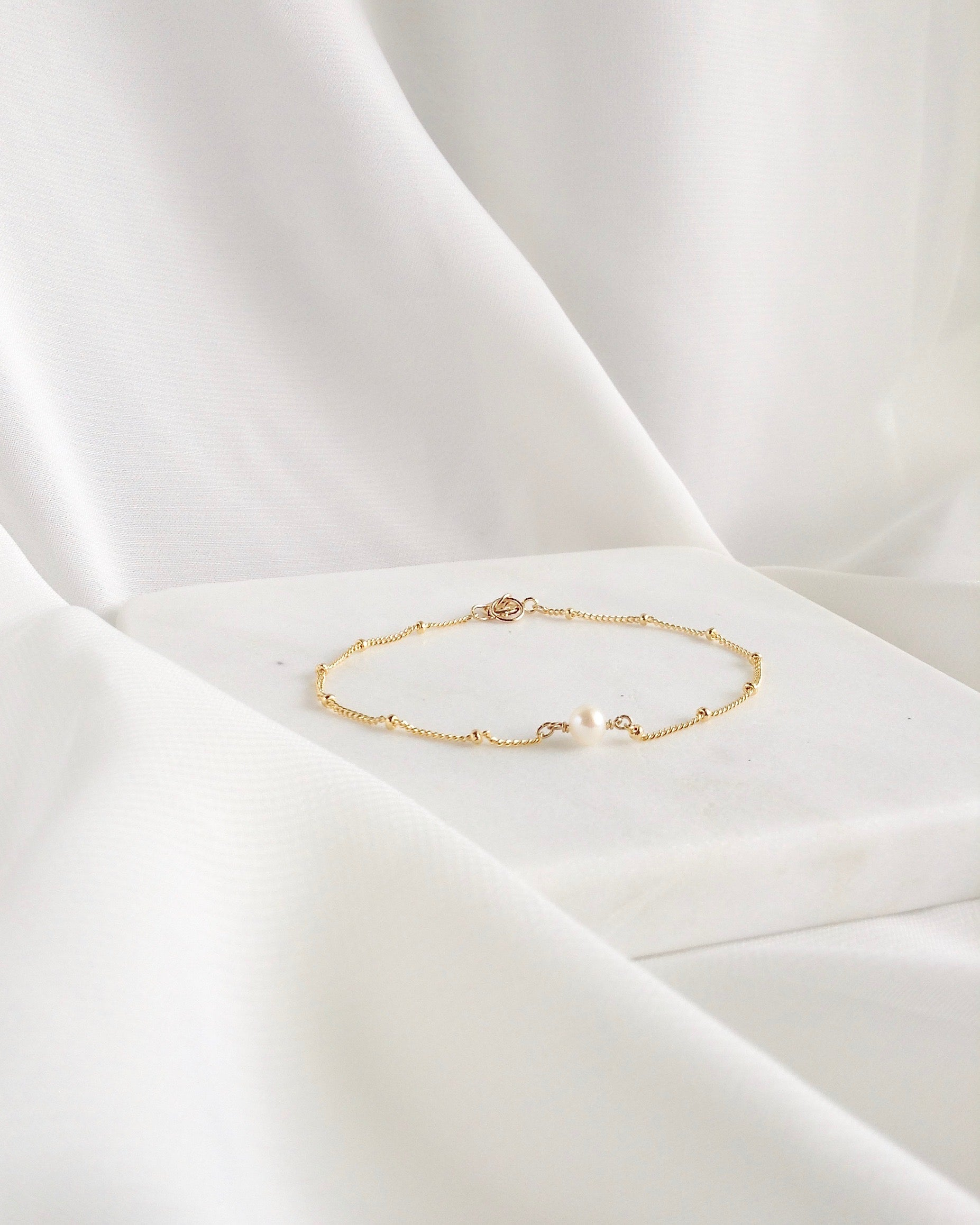 Dainty Minimalist Pearl Bracelet | Simple Everyday Bracelet | IB Jewelry