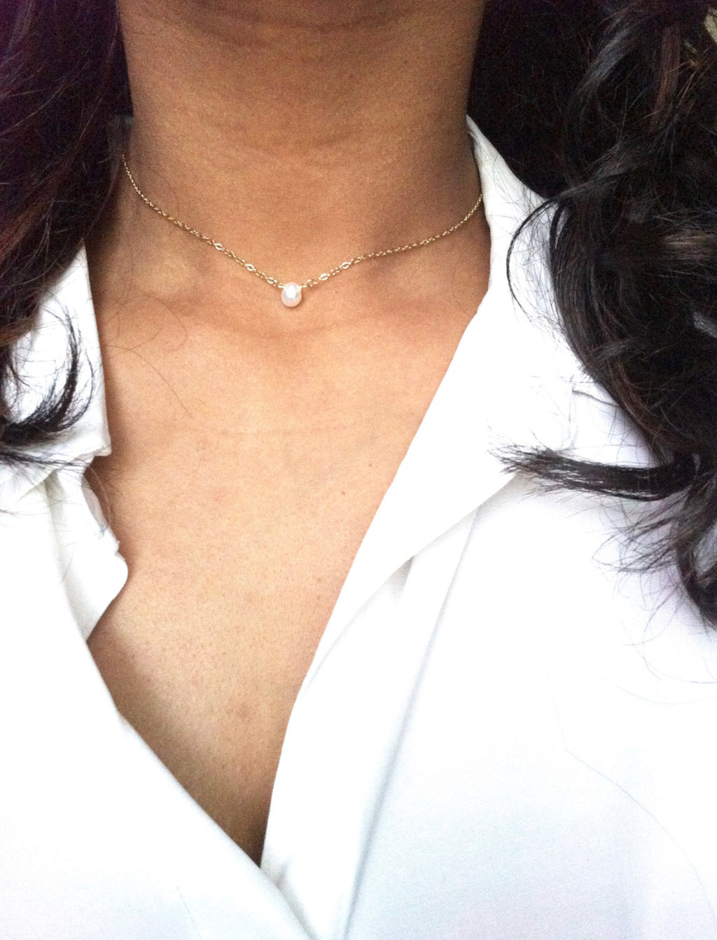 Small Delicate Single Pearl Choker Necklace | IB Jewelry