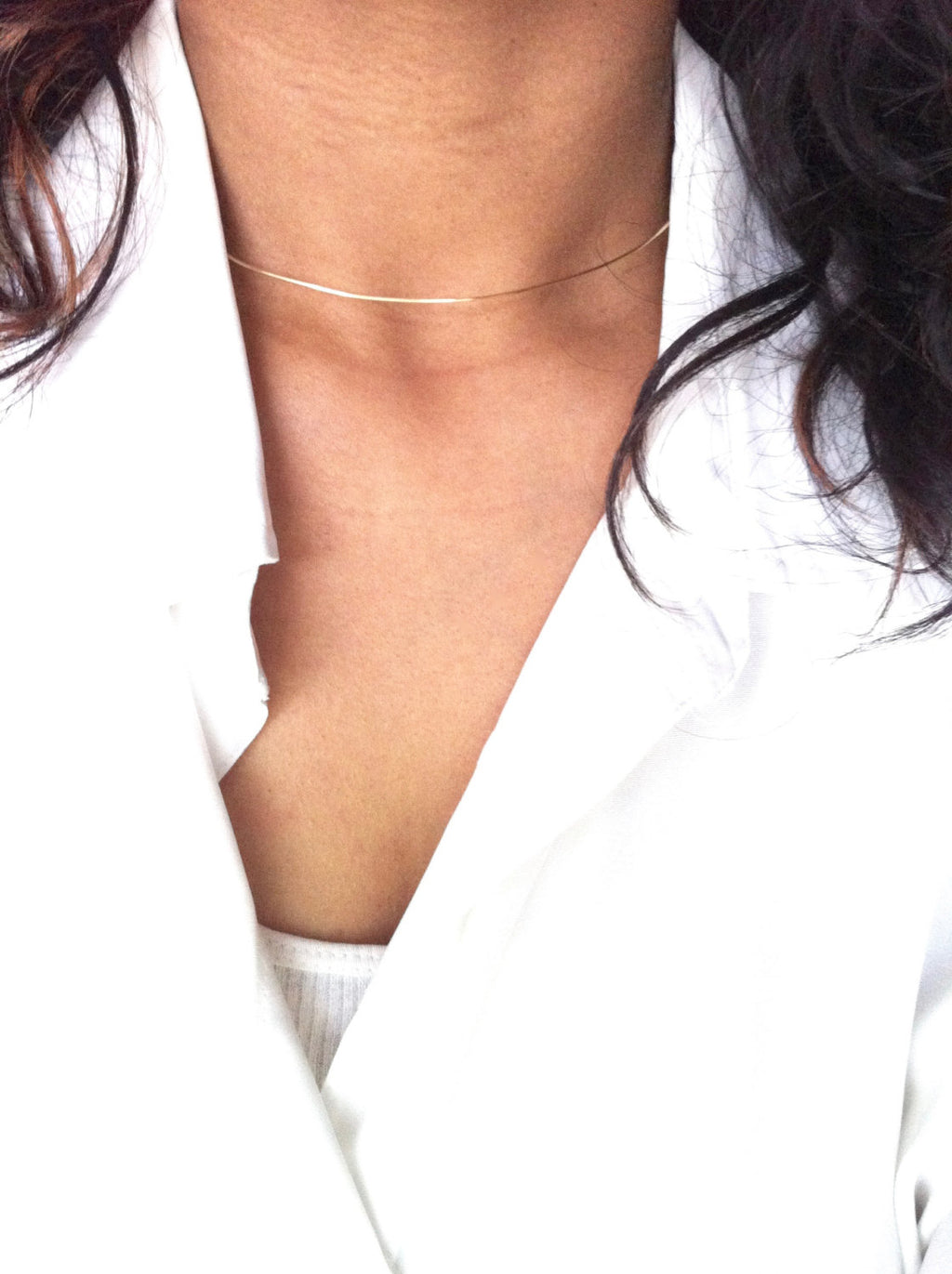 Simple Thin Wire Choker Necklace | IB Jewelry