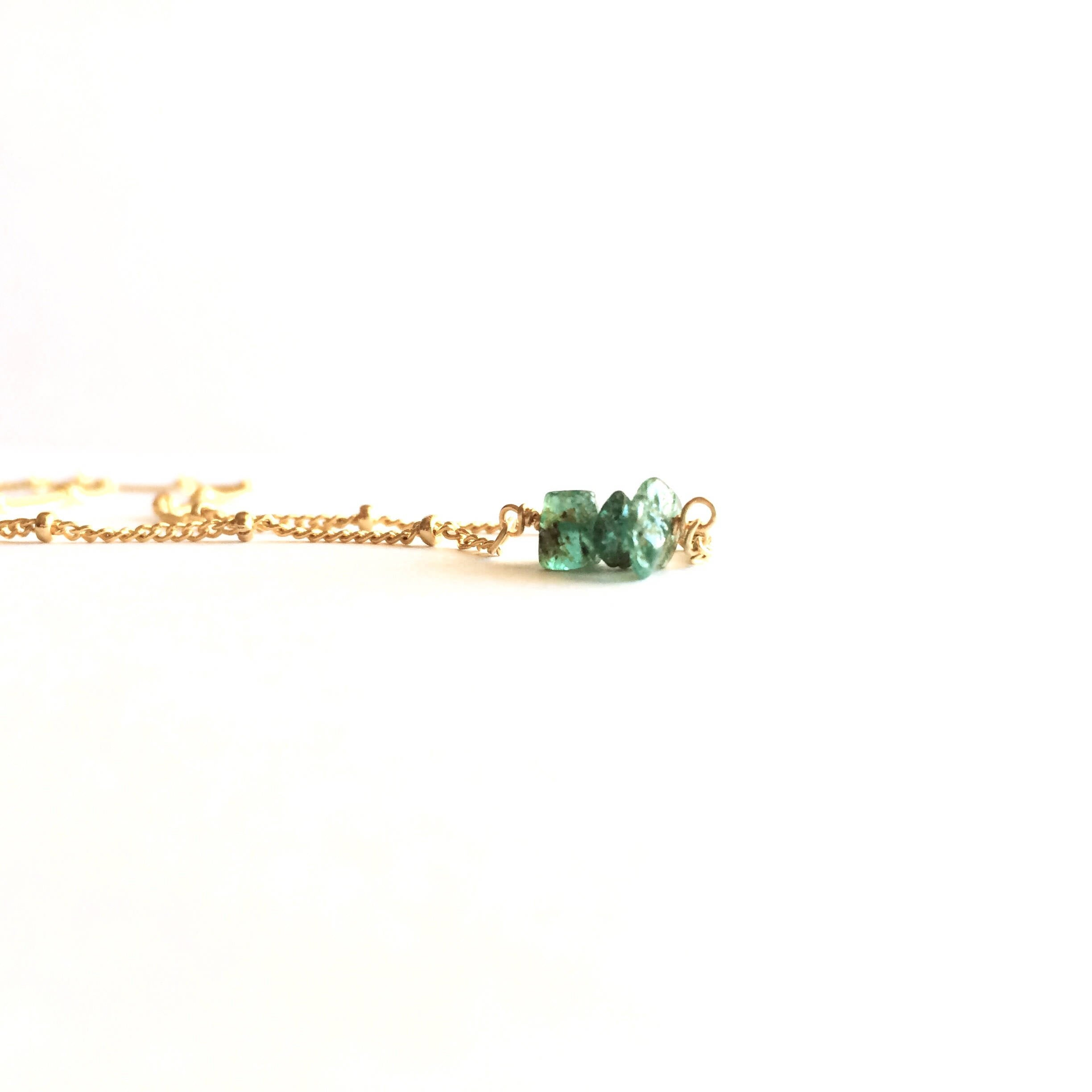 Tiny Raw Emerald Crystal Satellite Chain Necklace | IB Jewelry
