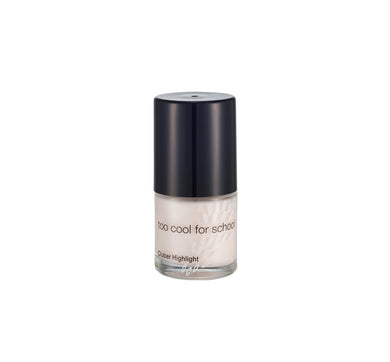 Clubber Highlight is a liquid highlighter featuring subtle shimmers for natural glow and strobing.