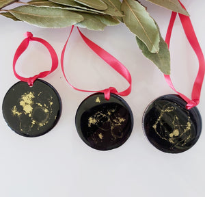 Resin Art Christmas Decoration - Belong Design