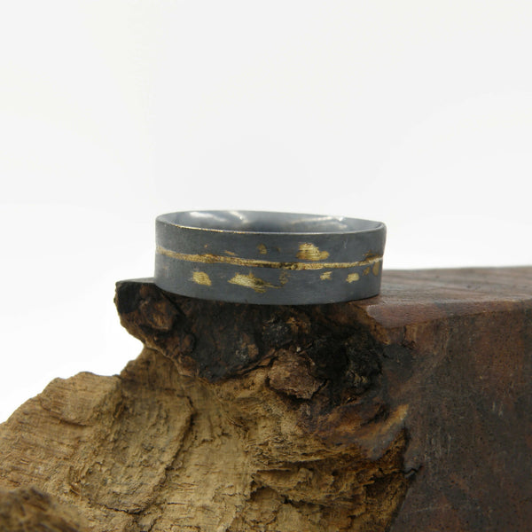 Gold Inlay Straight and Narrow Comfort Fit Ring