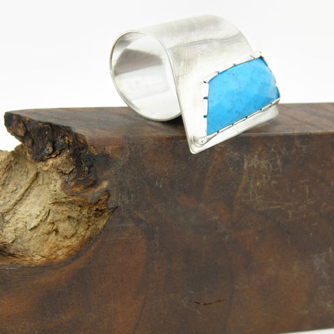 Howlite Fold Over Ring