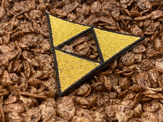 Legend Of Zelda / Link NES / SNES Trifroce Iron-On Patch
