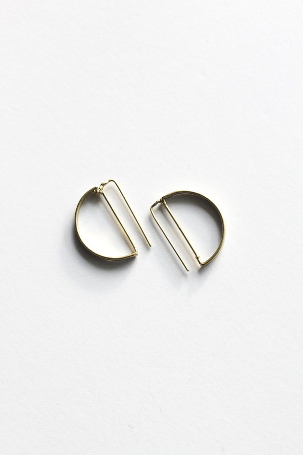 Circle Outline Earrings Earrings Rover & Kin