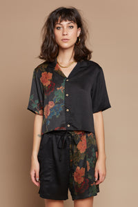Black Dahlia Half + Half Cropped Camp Collar