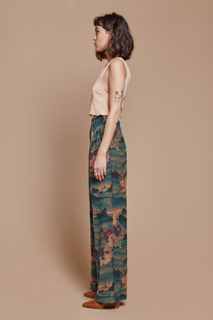 Mountain Belted Trouser