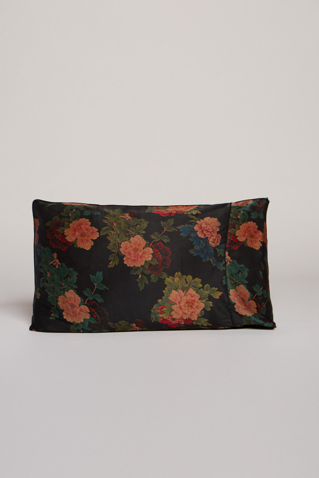 Black Dahlia Pillowcase