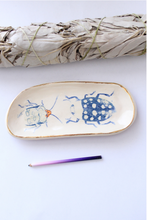 Load image into Gallery viewer, ceramic ring dish, bug trinket dish, bug dish, botanical illustration, botanical tray, This tray will be the perfect gift for nature lovers and will easily compliment your dressing table,Quirky and cool products! Beetle Print, Insect Print, gift for insect lover