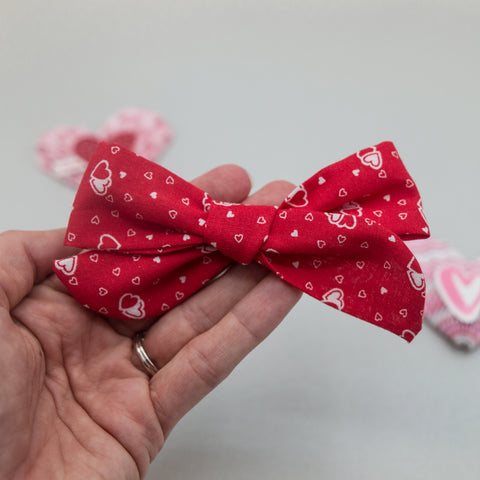 Red heart vintage River Bow - LOA