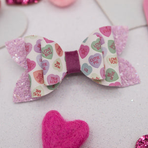 Chatty hearts June Bow - LOA
