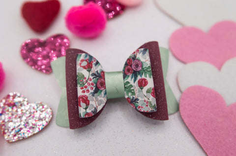 Be Mine bouquet Quinnlee Bow - LOA