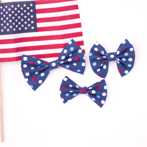 Dark blue bow with polka dots LFR