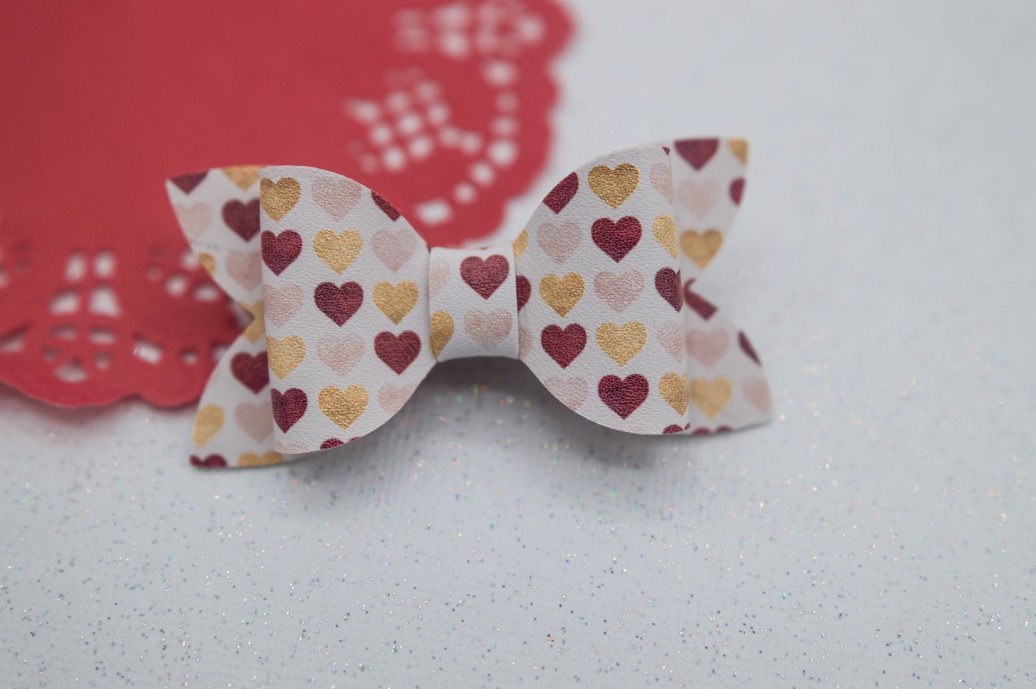 Golden hearts Zoe Bow - LOA