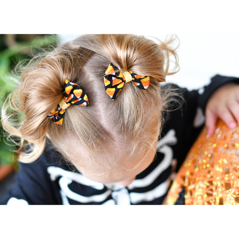 2 inch candy corn fall bow