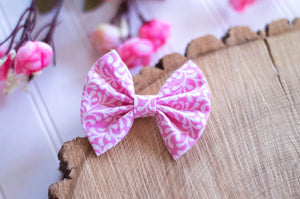 Bubblegum white leaves *Small* Cotton Bow - 3 inch bow