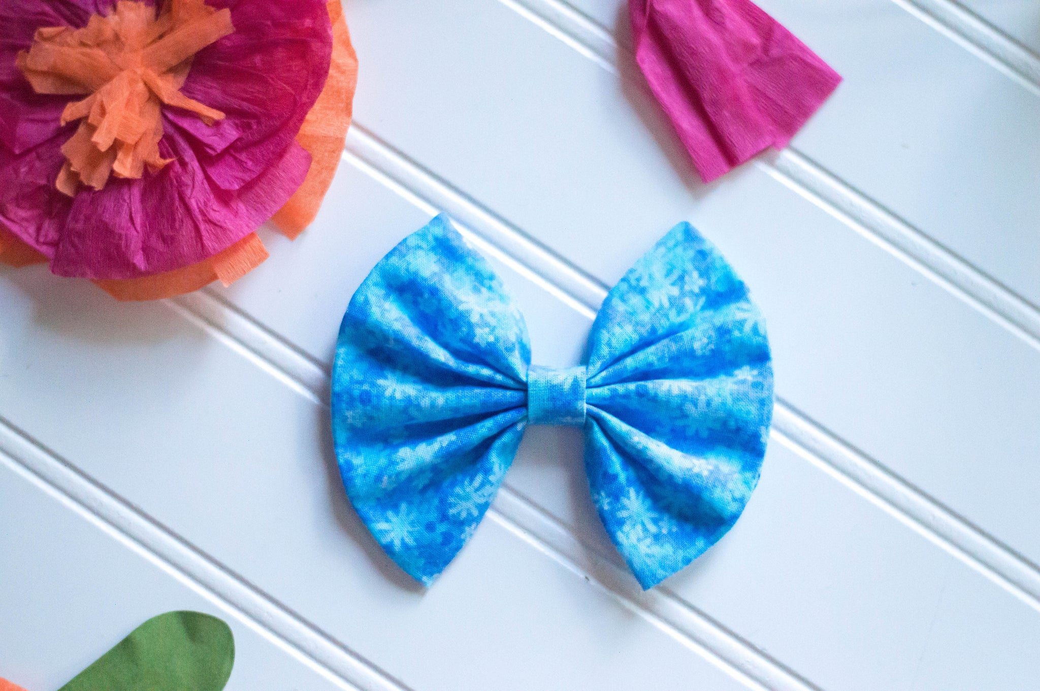 bright blue floral Cotton Bow - 4 inch bow // vintage summer