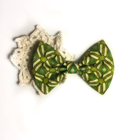 Vintage green stained glass bow tie