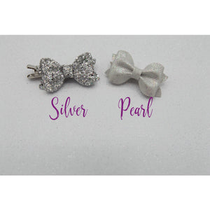 Silver sparkle or Pearl mini bow