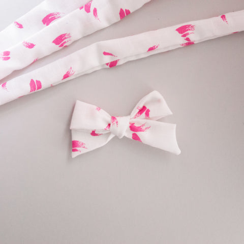 Summer VINTAGE pink swatches elloise bow