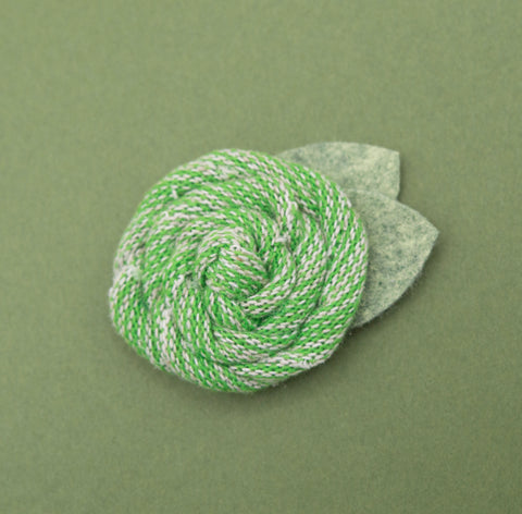 Vintage green sweater rose - 3 inch- MTL