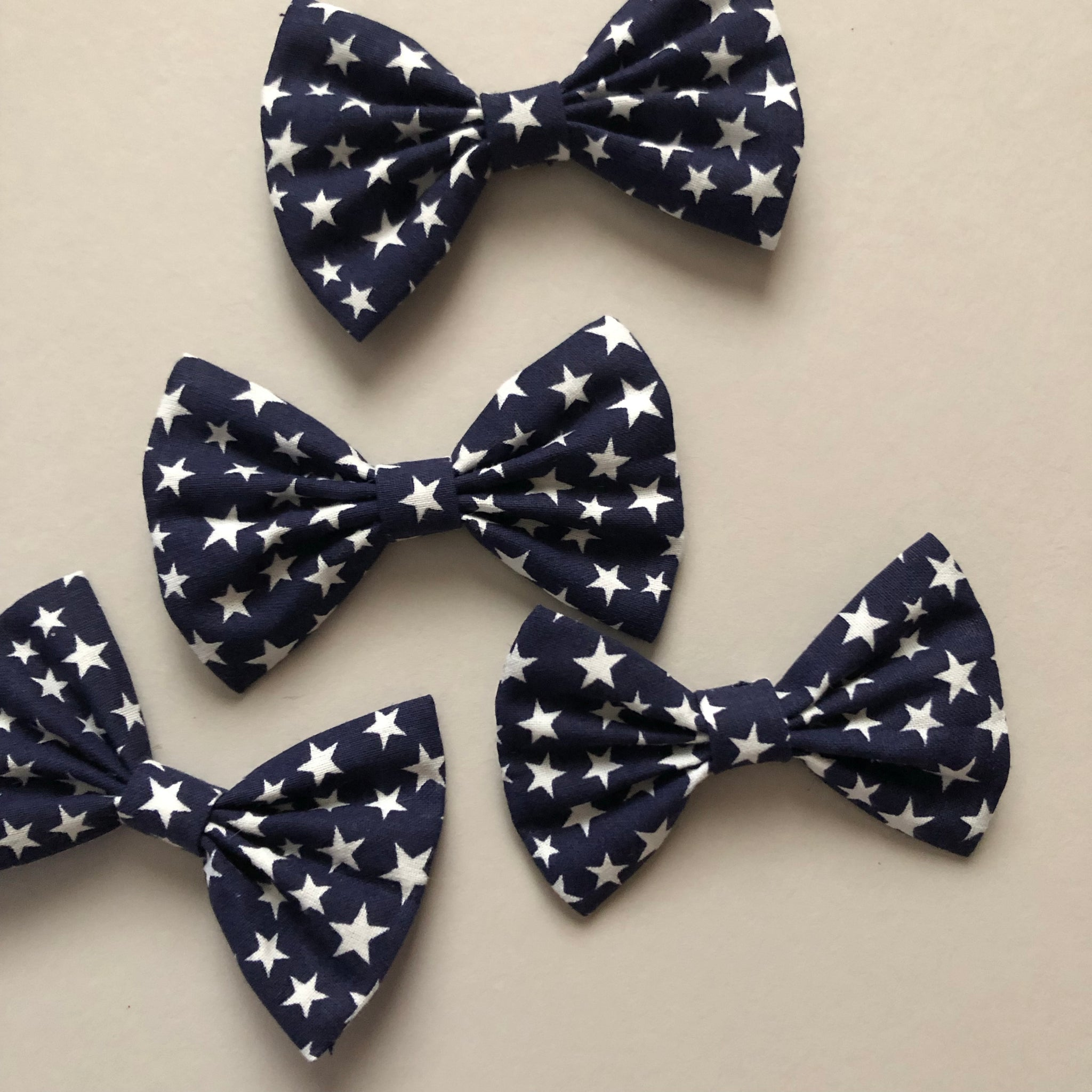 Blue stars bow tie - 3 inch