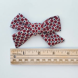 Vintage stars and squares River bow