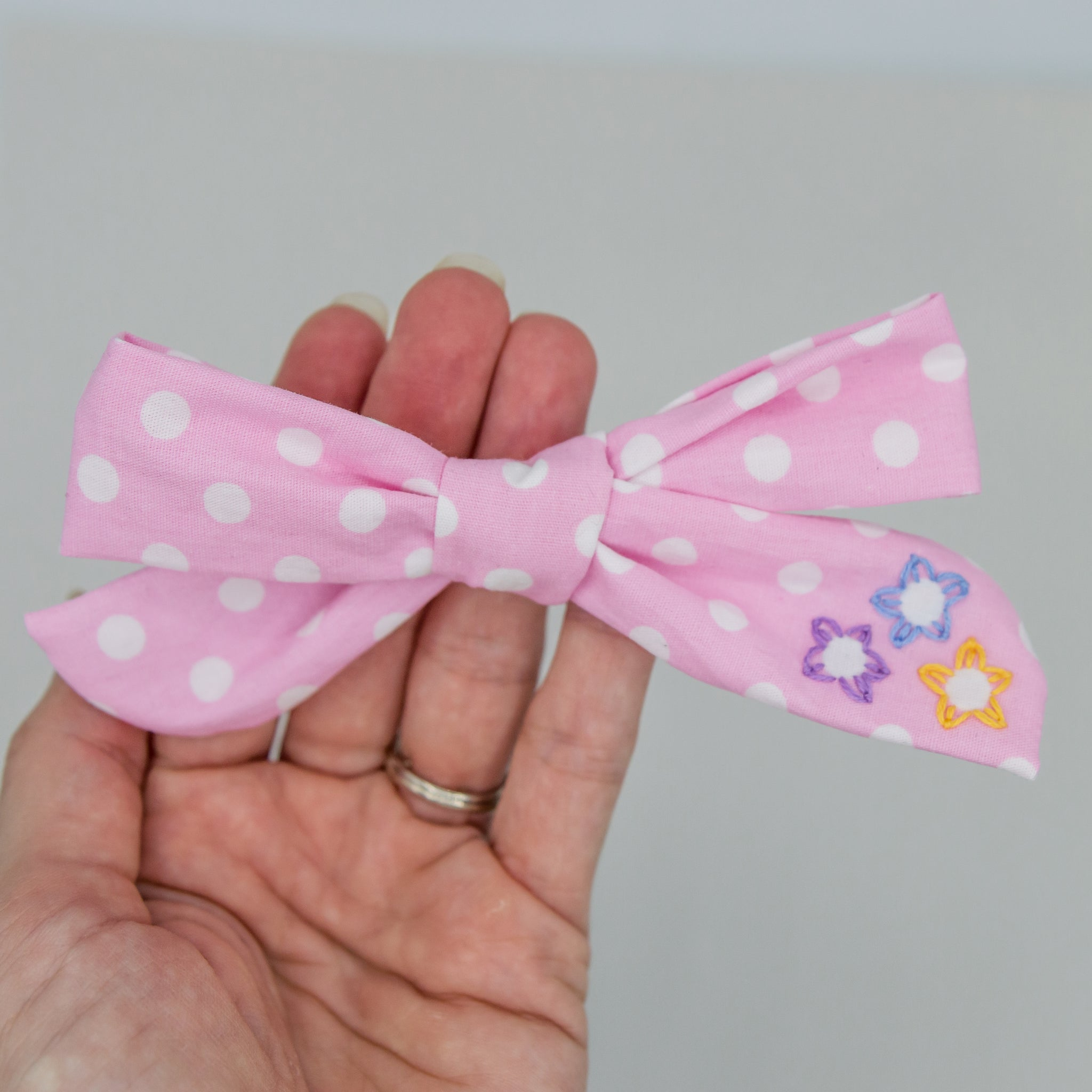 Pink dots embroidered vintage  4 inch River Bow- ATD kind