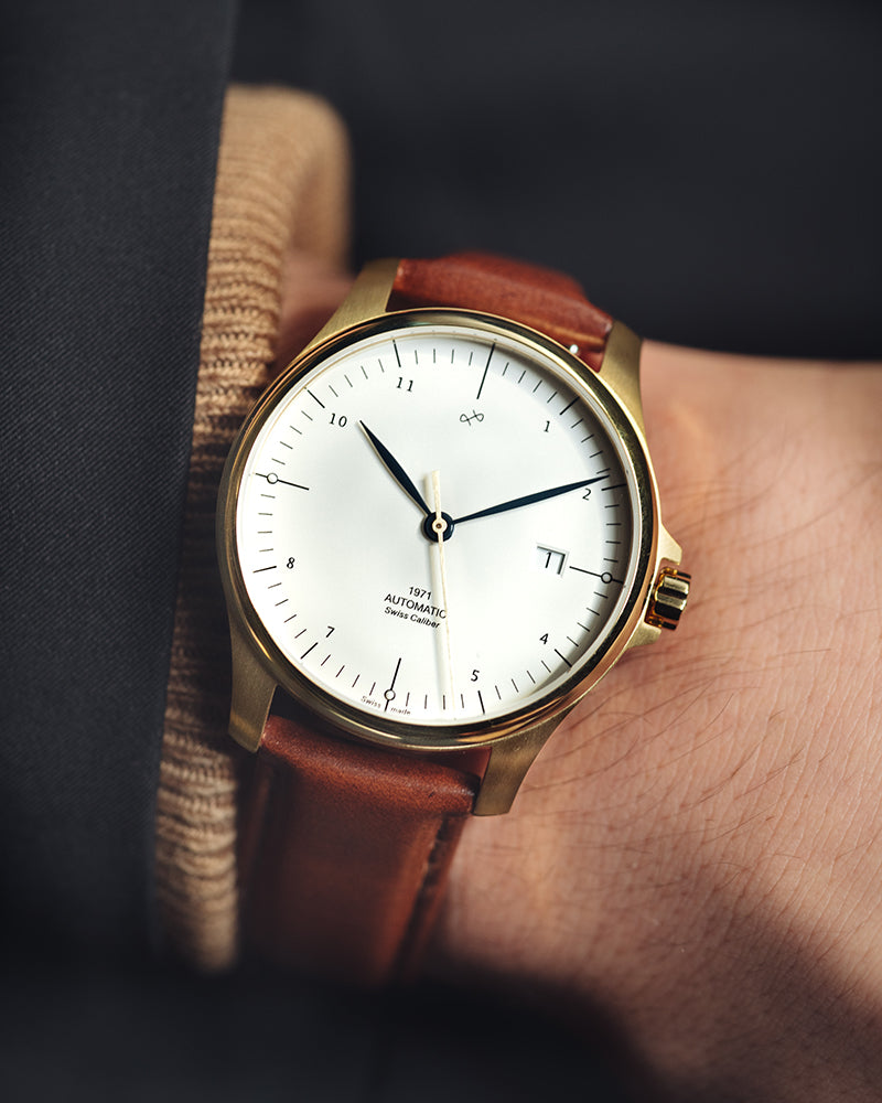 1971 Automatic, Gold / White - Swiss Made (667356135472)