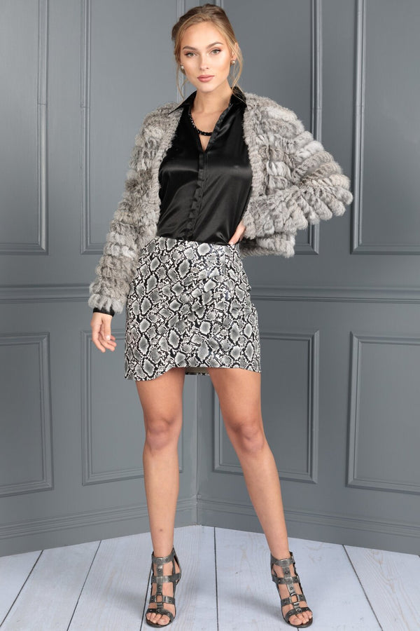 Long Sleeve Knit Jacket With Knitted Rabbit