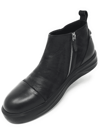CAP TOE LOW CALF BOOT, Men's Ankle Boots. Step into the casual comfort and sleek design ankle boot. Leather upper lining, rubber sole, slip on style with zip closure, imported.