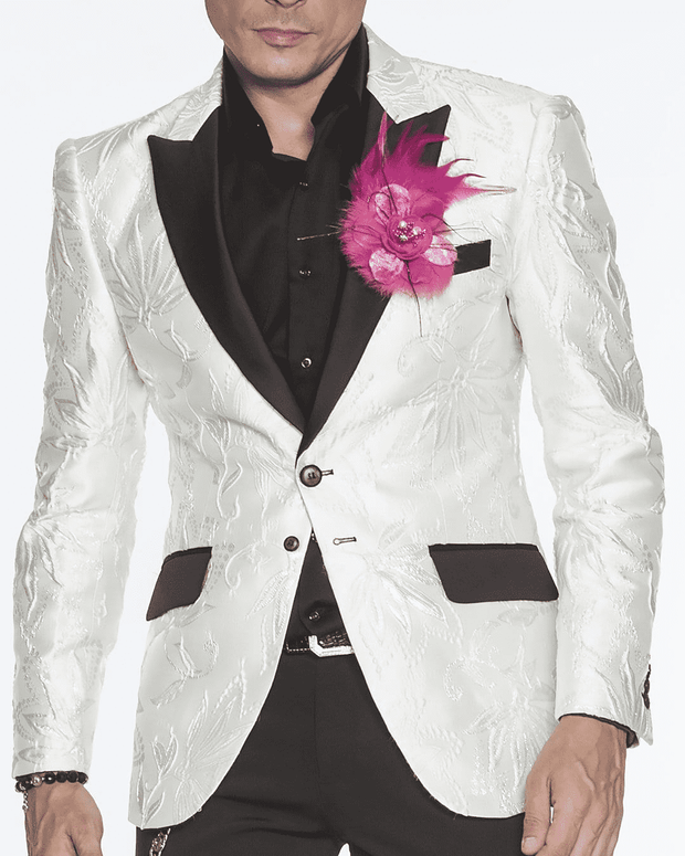 white fashion blazer for men peak lapel,single breast, structured, peak lapel, angle pockets, four buttons kissing sleeve, fully lined, english vent,